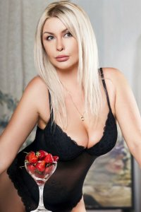 Busty Polish Escorts Lady Linden Unhurried Engagements Abu Dhabi