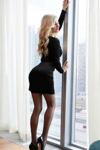 Irresistible Pretty Escort Josefa Tender Touches Downtown Dubai