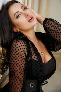 Fresh In Town Turkish Escort Laura Your Special Sex Companion Downtown Dubai