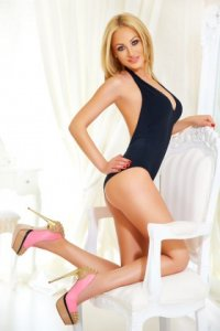 Ultra Attractive Escort Ionela Enjoy Perfect Natural Body Downtown Dubai