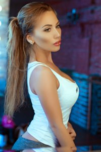 One Of The Hottest Dubai Escort Girls Nikita Journey To Utopia Marina