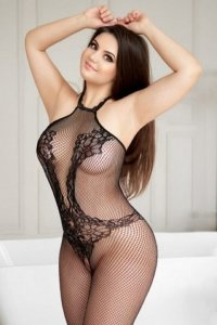 Absolutely Mesmerizing Escort Tarena Young And Fresh Dubai