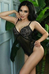 Horny Slovenian Escort Paullina Paradise Of Absolute Erotic Pleasure Abu Dhabi