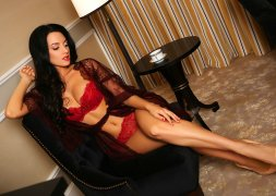 A Very Well Rounded Ukrainian Escort Ohanna Different Sex Positions Abu Dhabi - 2