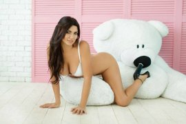 Busty Iranian Escort Elika Is Easy To Have Erotic Fun With Emirates Hills Dubai - 4