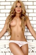 Young Ukrainian Abu Dhabi Escort Helena Pleasurable GFE Photo 3