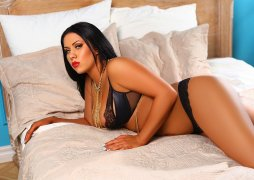 Gorgeous Curves Spanish Escorts Lady Gormilla The Best Orgasm Al Barsha Dubai - 2
