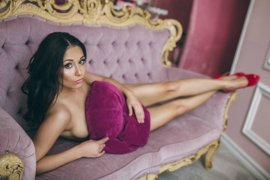 Petite Polish Escort Mollie Your Sex Dreams To Come True Downtown Dubai Photo 5
