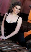 High Class Ukrainian Escort Raisa Curvy Call Girl Abu Dhabi Photo 3