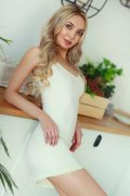 Great Shaped Body Russian Escort Rozanna Play With Me Abu Dhabi - 3