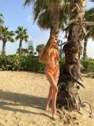 Blonde American Escort Sandra Sexy Body Erotic Massage Tecom Dubai Photo 1